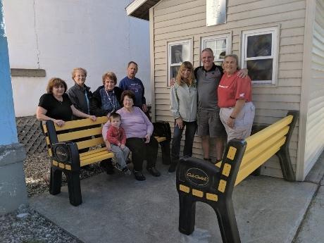 Awe Inspiring The Batavian Daily Community Business Theyellowbook Wood Chair Design Ideas Theyellowbookinfo
